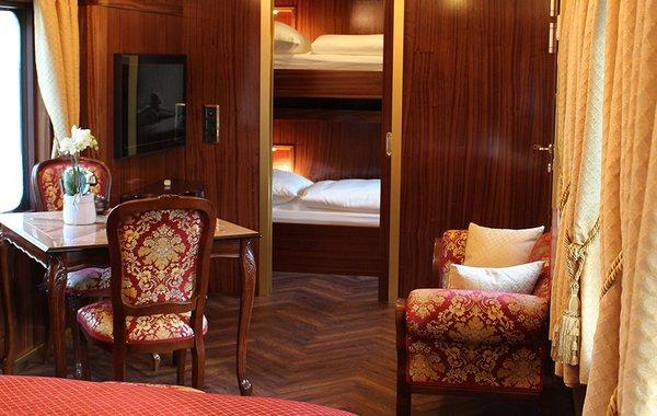 Salon im Orient-Express