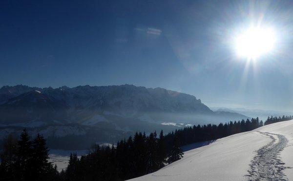 Kaiserwinkl in Tirol –Schneeschuhwandern auf majestätischen Pfaden
