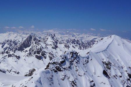 Schneeglocke (3223m) von der Bielerhöhe durch das Klostertal