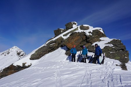 Stupfarrikessel (2825m) und unbenannte Scharte vom Kaunerberg