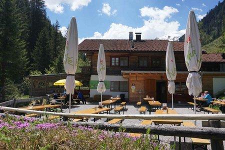 Voldertalhütte von Hall über den Großvolderberg
