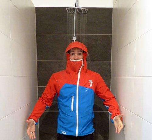 Hyphen Sports Jacke Jamspitz schützt vor bestens vor Wasser!