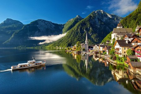 Wohnen in den Alpen – drinnen und draußen Natur pur