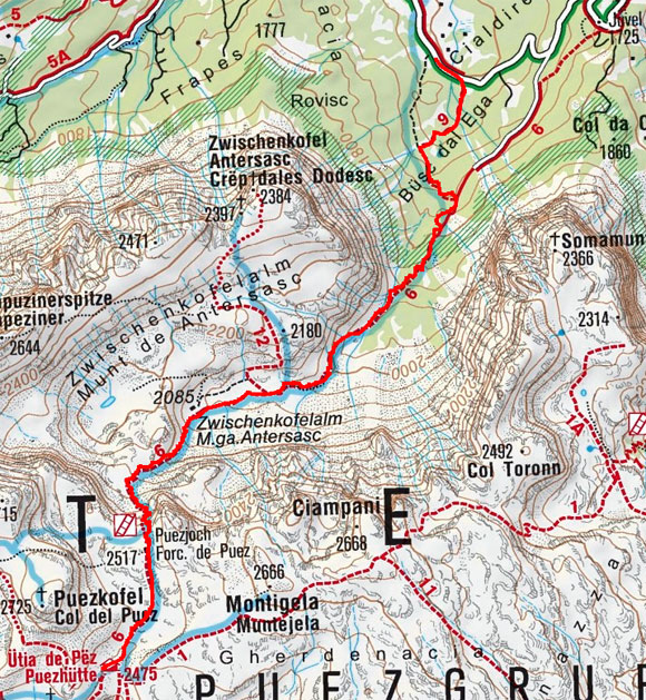 Puezhütte (2475 m) von Campill
