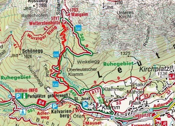 Wettersteinhütte (1717 m) vom Parkplatz Stupfer