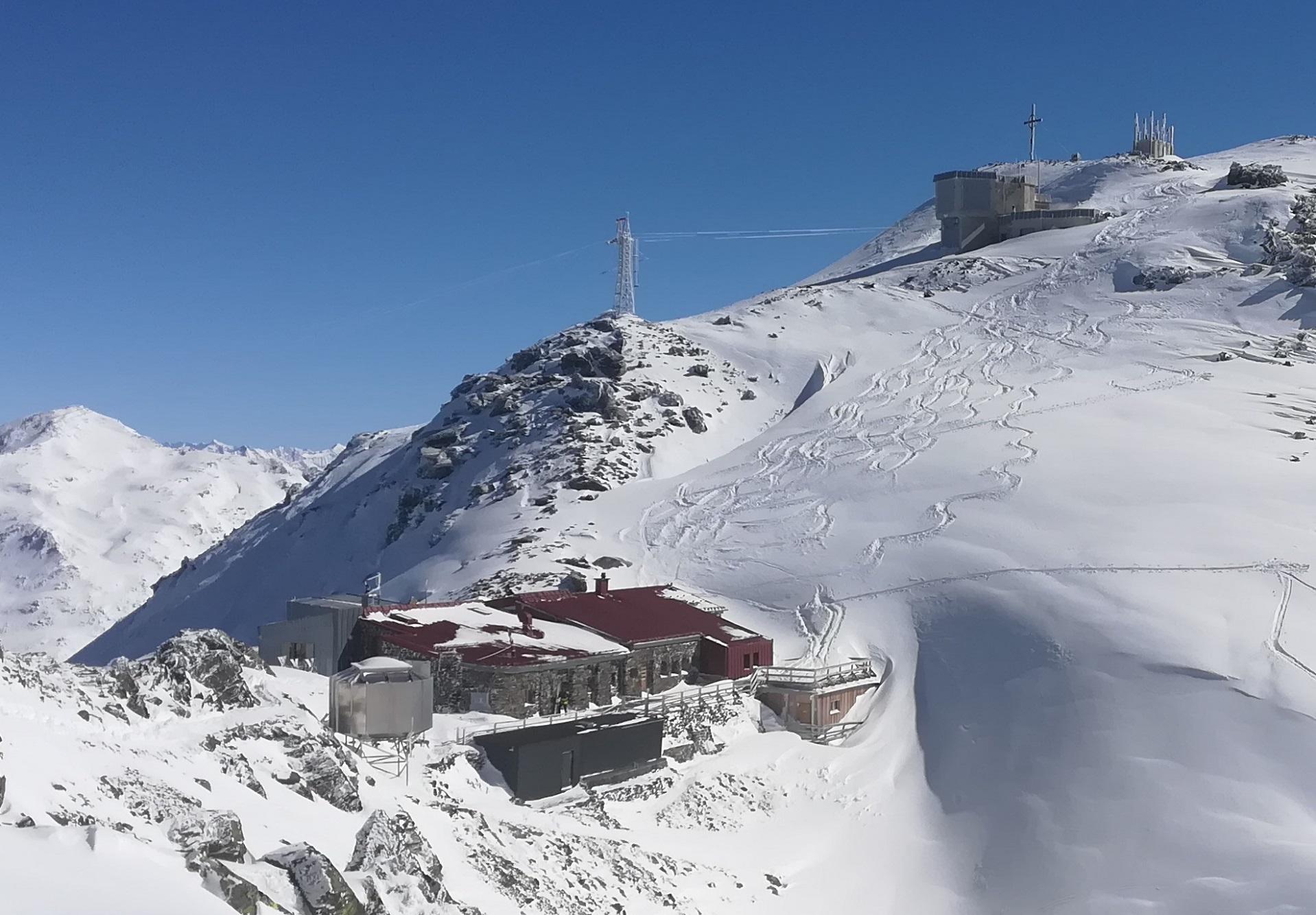 Genuss am Berg im Winter Glungezer Tirol