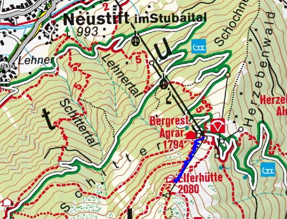 Elferhütte (2080 m) vom Elferlift