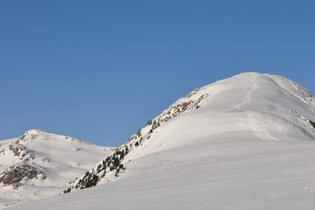 Sambock (2396 m) vom Weiler Platten