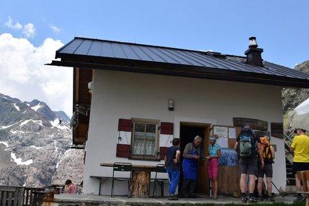 Grohmannhütte (2254 m) aus dem Ridnauntal