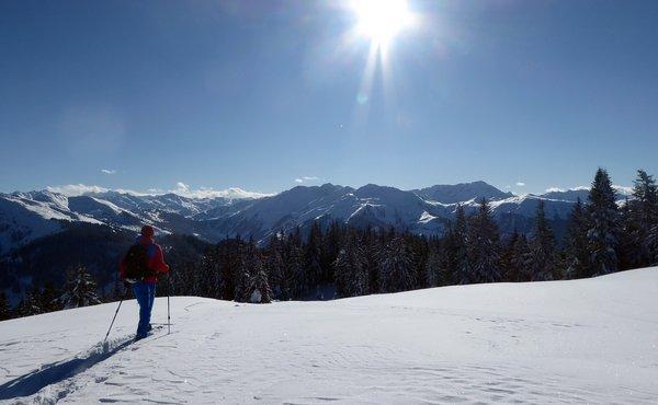 """Wildschönau – """"Trappern"""" mit Schneeschuhen in den Kitzbühler Alpen"""