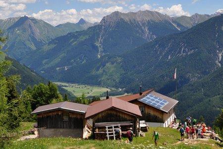Bernhardseckhütte (1812 m) von der Jöchelspitz-Bahn
