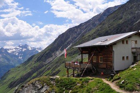 Eisseehütte (2521 m) vom Parkplatz Bodenalm