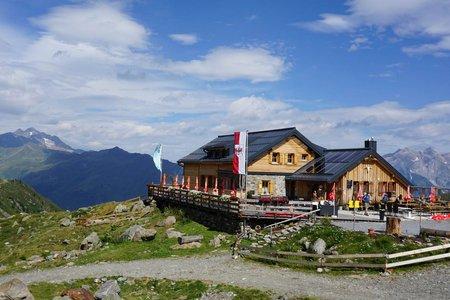 Ascher Hütte von See im Paznauntal