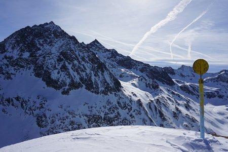 Hochwanner (2488m) vom Speicher Längental