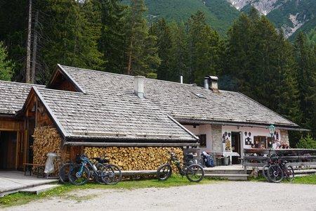 Reitherjoch Alm von der Talstation der Rosshüttenbahn