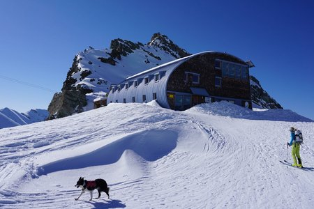 Stüdlhütte (2801m) vom Lucknerhaus