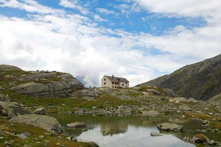 Düsseldorfer Hütte (2721 m) vom Kanzellift