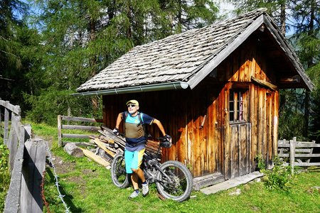 Zirmahütte – Kalte Herberge Rundfahrt von der Muchnersiedlung