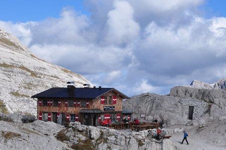 Büllele-Joch (2528 m) Hütte von Sexten