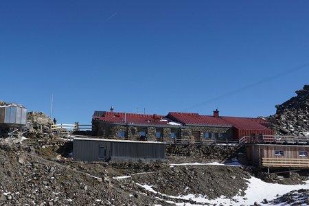 Glungezer Hütte (2610m) von der Patscherkofelbahn-Bergstation