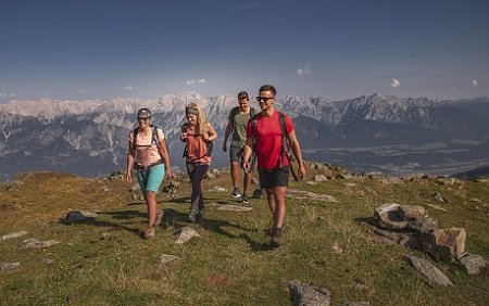 Kraftorte, Themenwanderungen und Kultur in der Tiroler Bergwelt