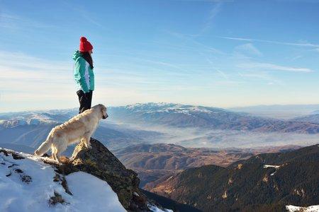 Winterurlaub mit Hund - das gibt es zu beachten