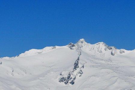 Großer Möseler (3480 m) vom Nevesstausee/Mautstelle