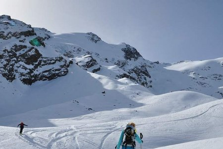 Freibrunner Spitzen (3355/3363 m) von Melag