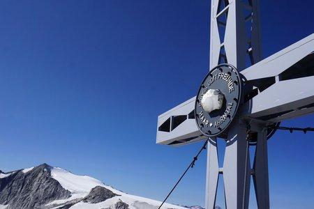 Westliche Floitenspitze (3195m) vom Berggasthof Stallila