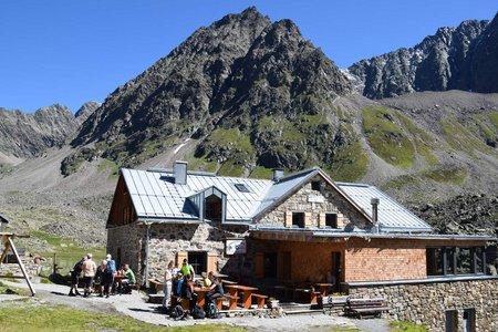 Winnebachseehütte, 2362 m - Gries/Sulztal
