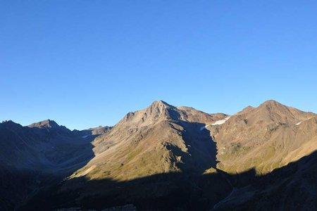 Hintergrathütte (2661 m) vom Langensteinlift