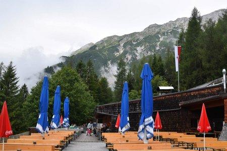 Rumer Alm (1243 m) über den Senner-Mahd-Steig
