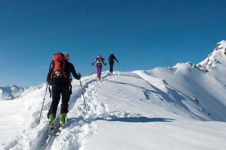 Eiskarspitze (2611 m) vom Lager Walchen