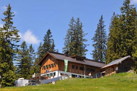 Gufferthütte (1745 m) vom Köglboden