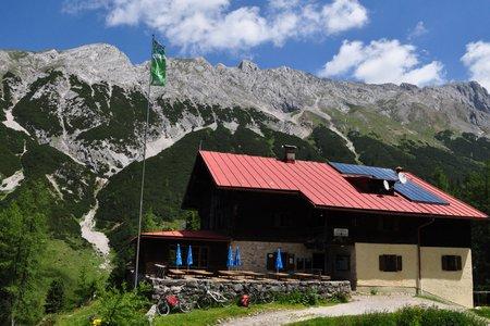Tag 3: Bettelwurfhütte – Lafatscherjoch - Hallerangerhaus