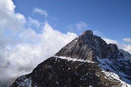 Weißwand (3016 m) von der italienischen Tribulaunhütte