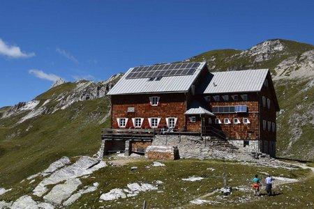Neue Reichenberger Hütte (2586 m) von Ströden