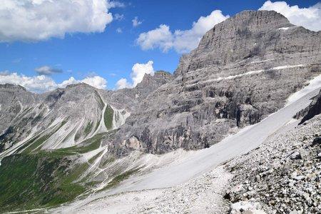 Kleine Tribulaunrunde von der Gschnitzer Tribulaunhütte