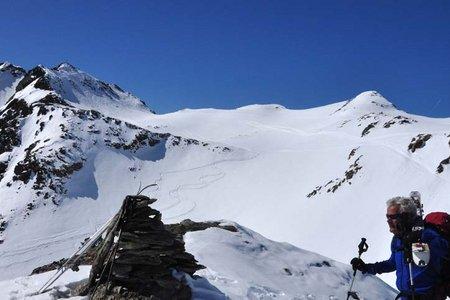 Skitour Zwieselbacher Rosskogel (3081 m) von der Pforzheimer Hütte