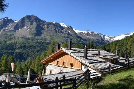 Lyfialm (2165 m) vom Parkplatz Zufritt
