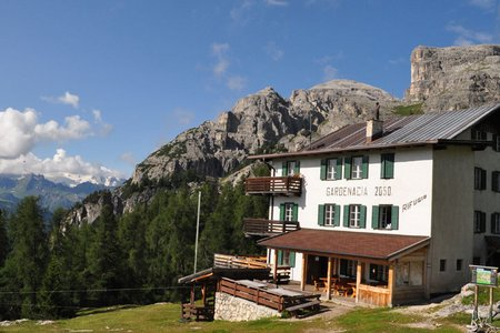 Gardenacia Hütte (2050 m) vom Sessellift Gardenaccia