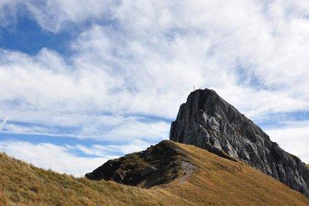 Sagzahn-Vorderes Sonnwendjoch (2228/2224 m) vom Berghaus Sonnwend
