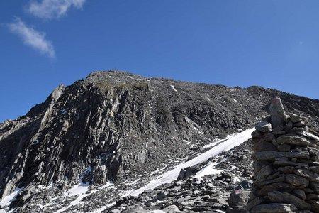 Ahrner Kopf (3051 m) von Kasern durch das Windtal
