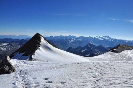 Hoher Zaun (3451 m)  und Schwarze Wand von der Johannishütte (3506 m)