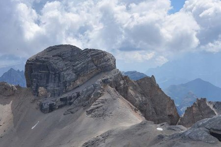 Conturinesspitze (3064 m) von der Lavarellahütte