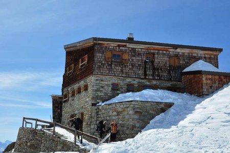 Similaunhütte (3019 m) von Vent