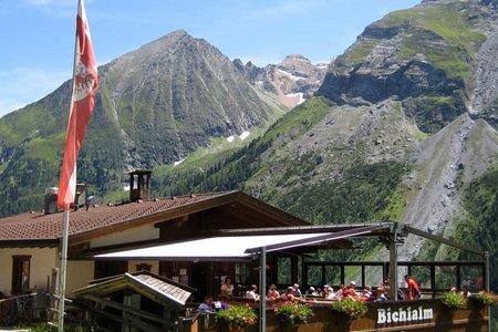 Jausenstation Bichlalm von der Gletscherbahn oder Hintertux