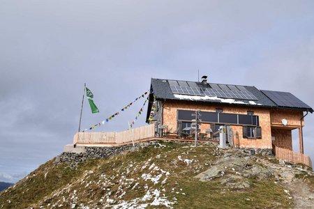 Kellerjochhütte (2237 m) vom Parkplatz Grafenast