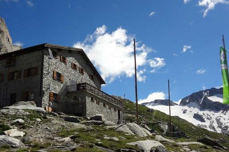 Hochfeilerhütte (2710 m) aus dem Pfitschertal
