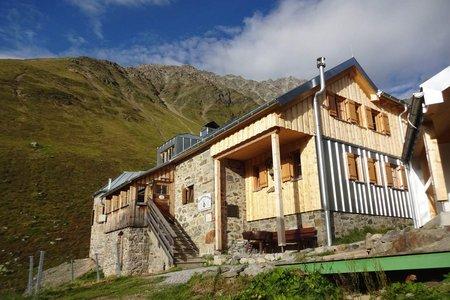 Rüsselsheimer Hütte (2323 m) von Plangeross